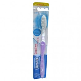 Oral-B Tooth Brush Sensitive - Whitening Soft Tooth Brush